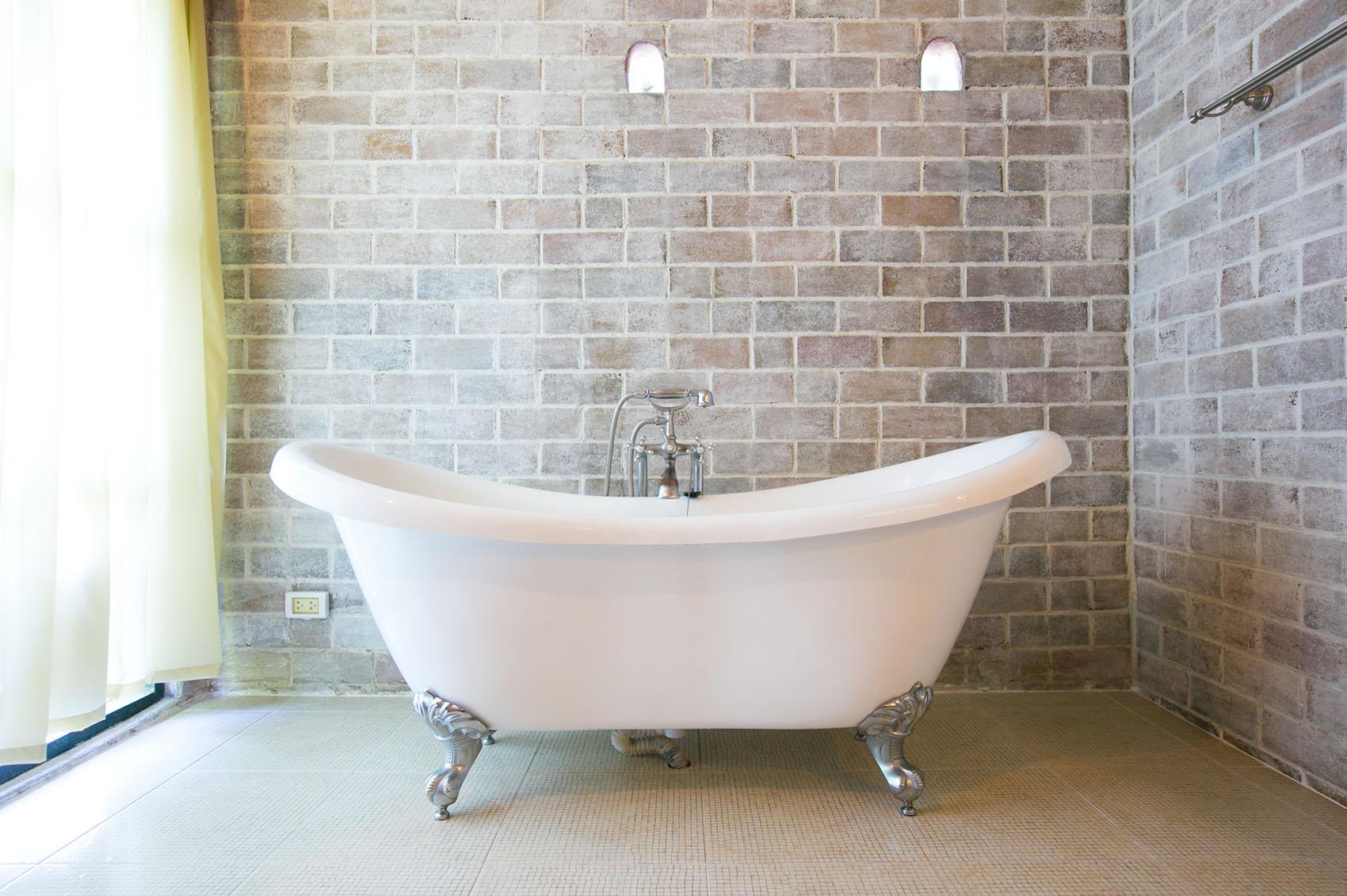 Bath Refinishing Everglaze Coating